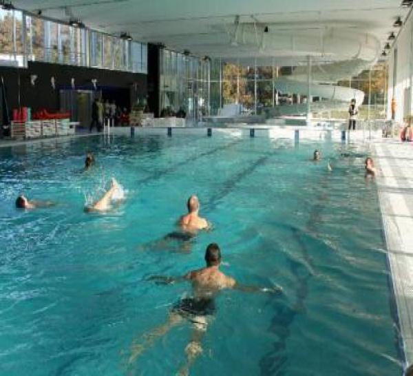 Abattement des trichloramines de l'air dans les piscines. Une solution échangeurs inox spécifiquement adaptés au traitement d'air des piscines.